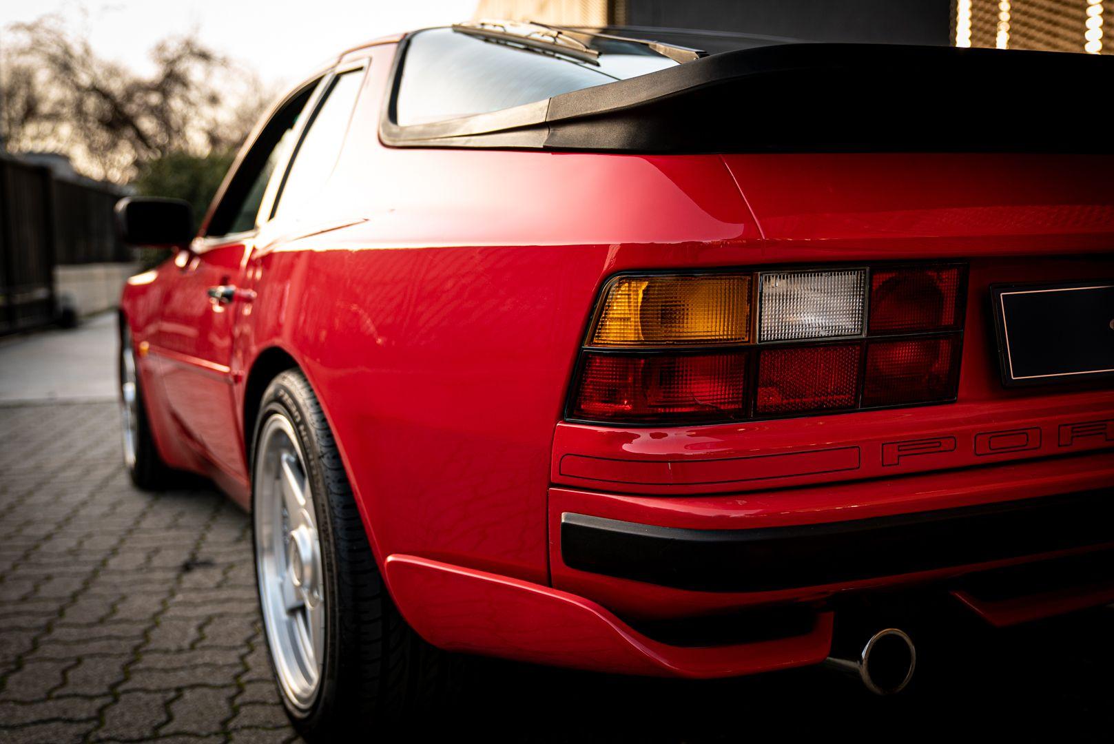 1988 Porsche 944 Turbo S Spec 62102