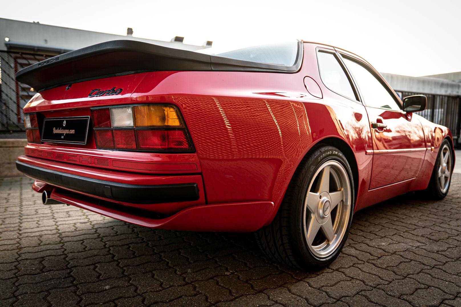 1988 Porsche 944 Turbo S Spec 62105