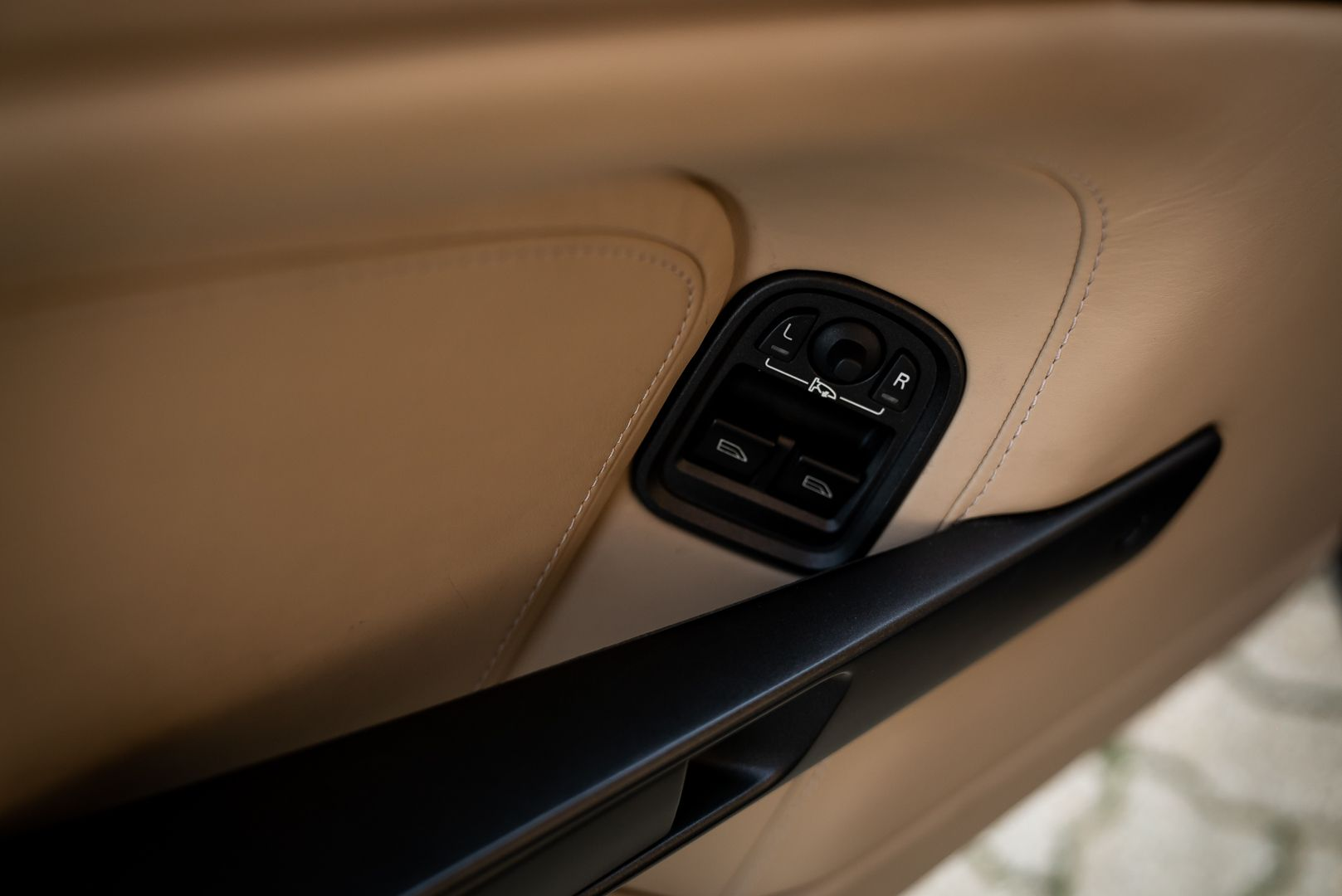 2008 Aston Martin 4.3 V8 Vantage Roadster N400 82813