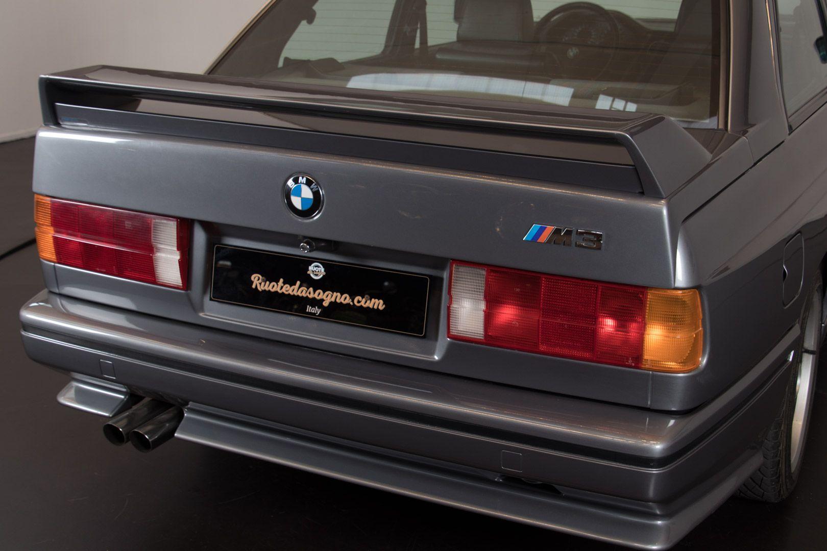 """1990 BMW M3 e30 - """"JOHNNY CECOTTO"""" 16700"""