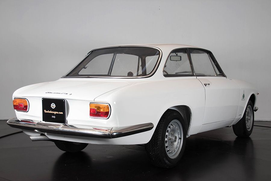 1967 Alfa Romeo GTA 1600 Stradale 15732