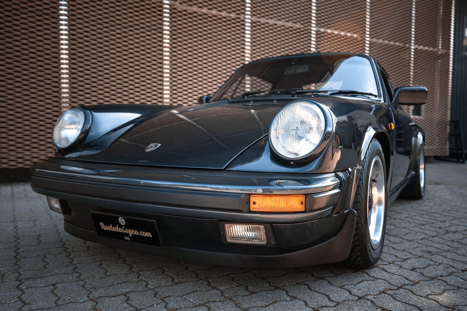 1986 Porsche 911 Carrera 3.2 Cabrio 70891