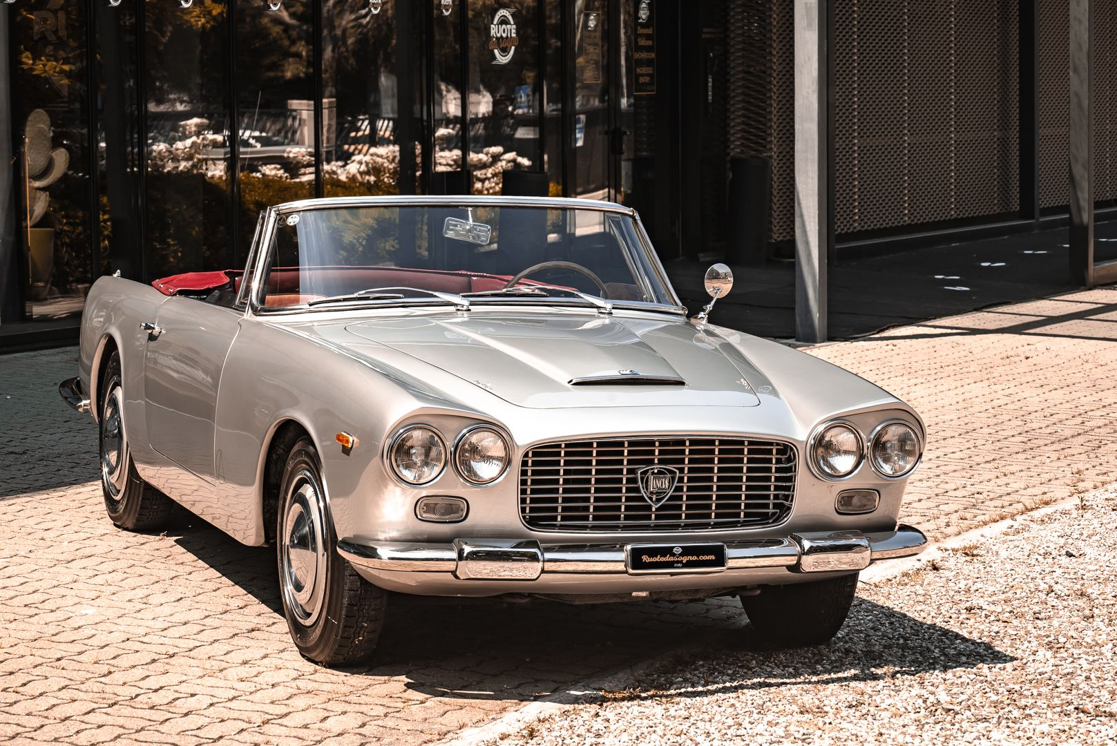 1963 Lancia Flaminia Touring Convertible 2500 3C  73143