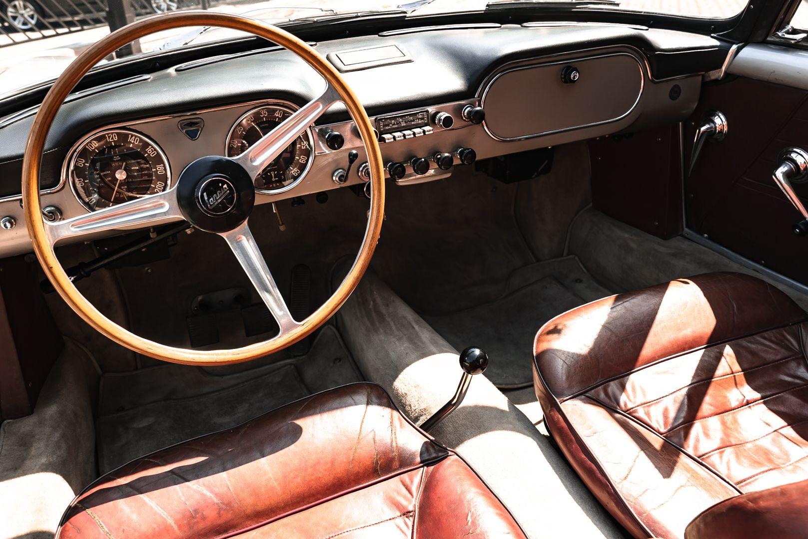 1963 Lancia Flaminia Touring Convertible 2500 3C  73164