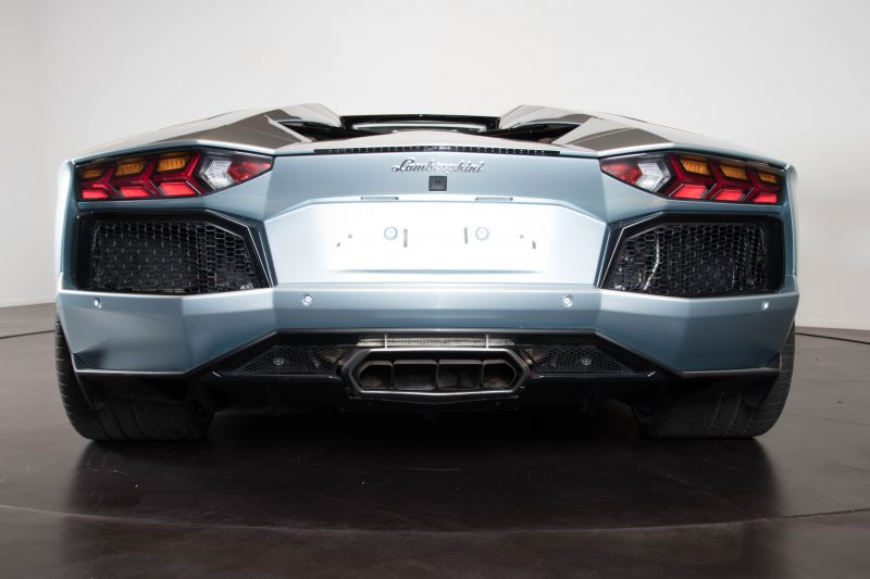 2014 Lamborghini Aventador Roadster  3801