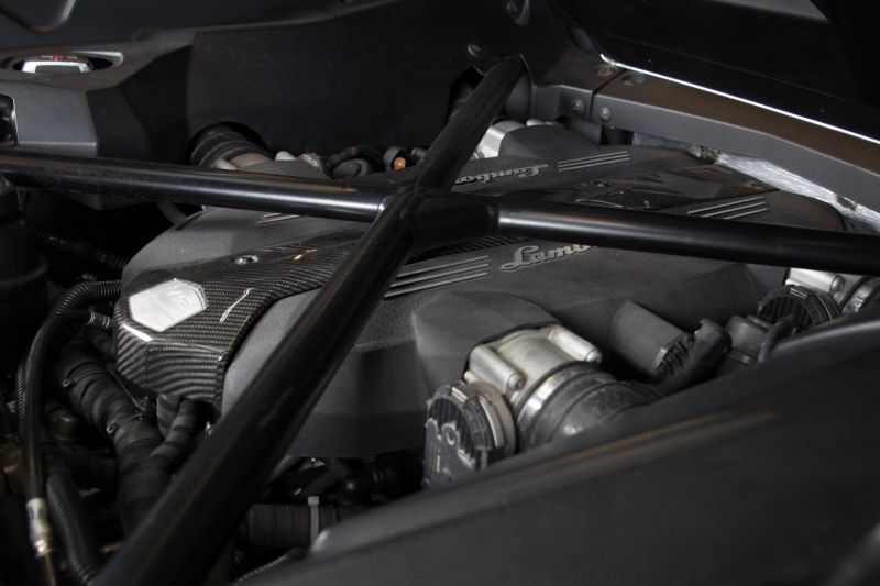 2014 Lamborghini Aventador Roadster  3815