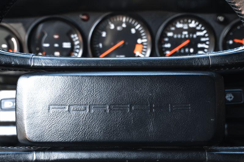 1986 Porsche 911 Carrera 3.2 Cabrio 70924