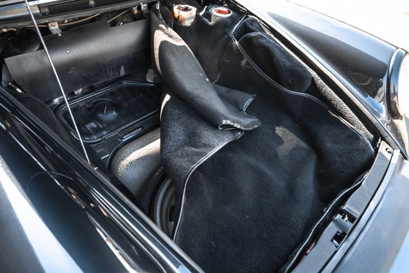 1986 Porsche 911 Carrera 3.2 Cabrio 70930