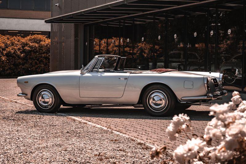 1963 Lancia Flaminia Touring Convertible 2500 3C  73151