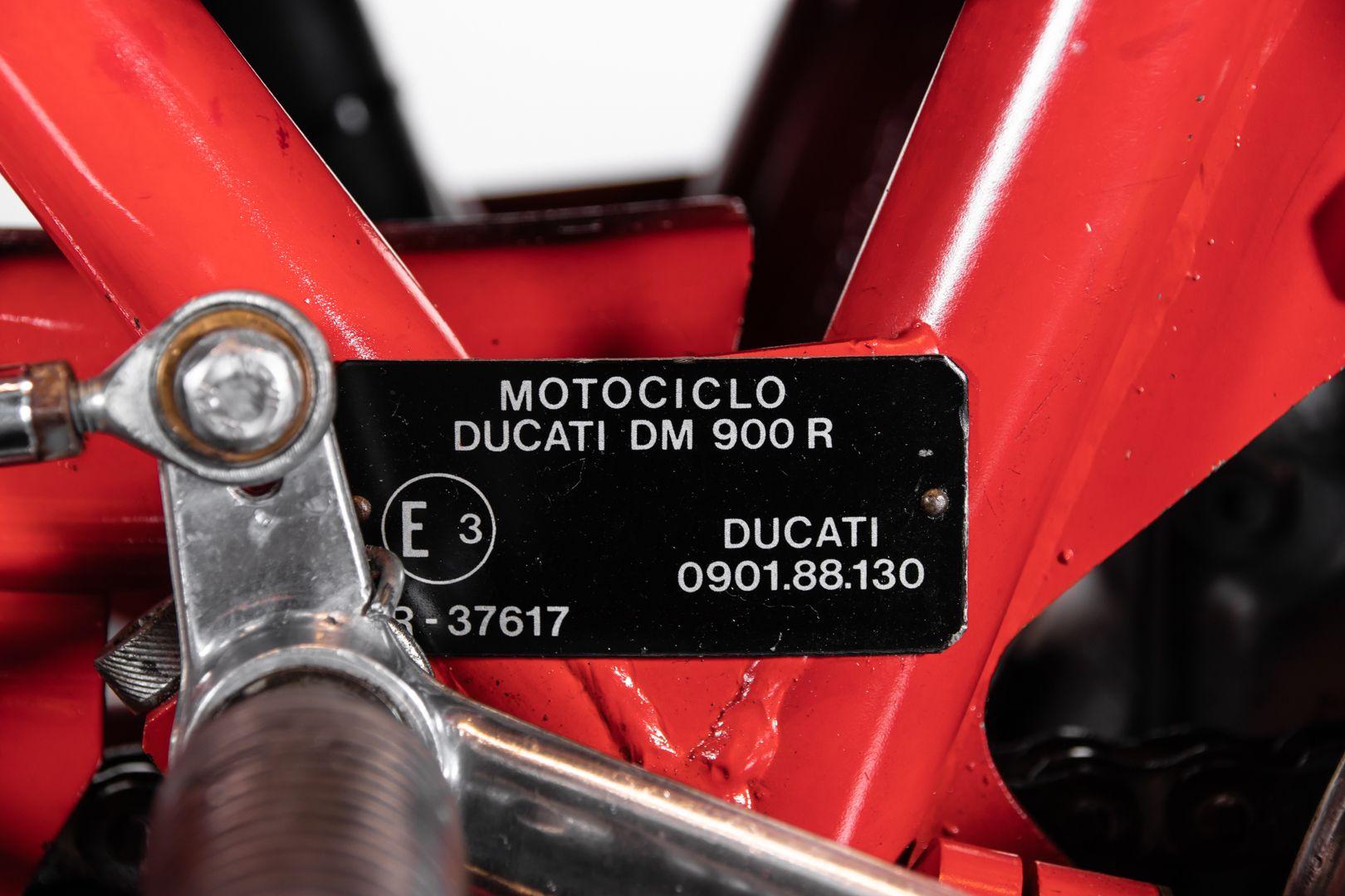1983 Ducati 900 Mike Hailwood Replica 71435