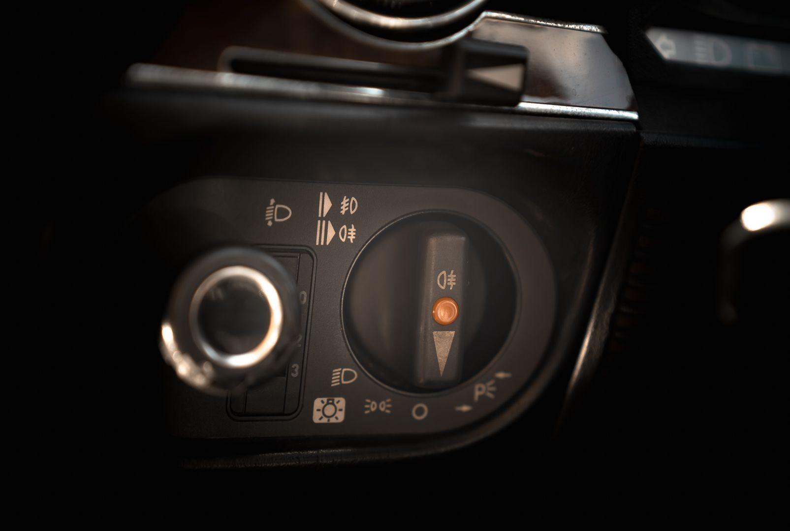 1989 Mercedes-Benz SL 300  67474