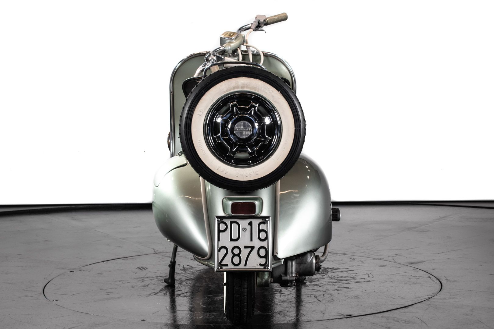 1953 Piaggio Vespa 125 Faro Basso 83433