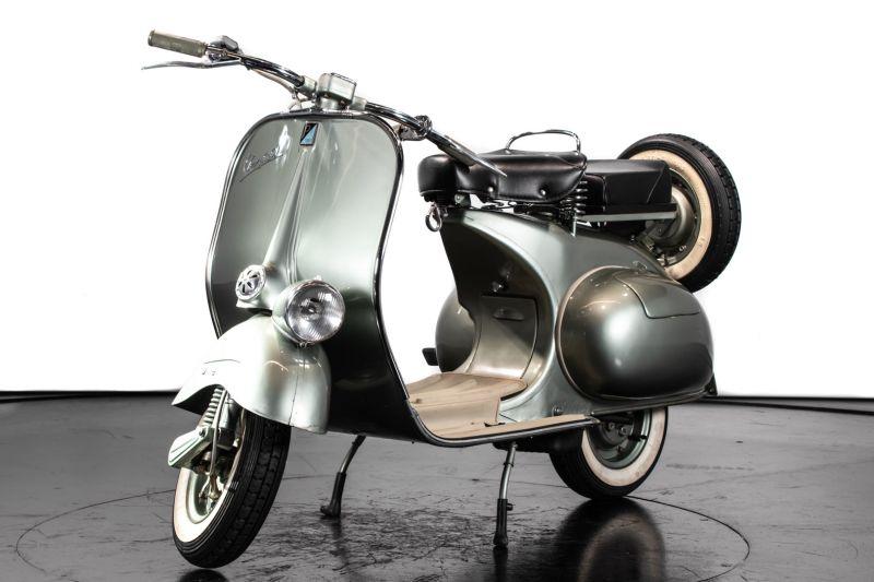 1953 Piaggio Vespa 125 Faro Basso 83437